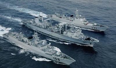 """Ракетные эсминцы проекта 052 """"тип Ланчжоу"""""""