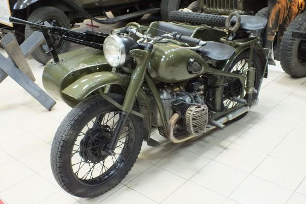 Мотоцикл_М-72_во_Владивостоке_ф3
