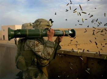 Protivotankovyy-granatomyot-AT4M136-Shveciya-i-SShA