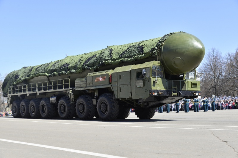 """Стратегический ракетный комплекс с межконтинентальной баллистической ракетой РТ-2ПМ """"Тополь"""""""