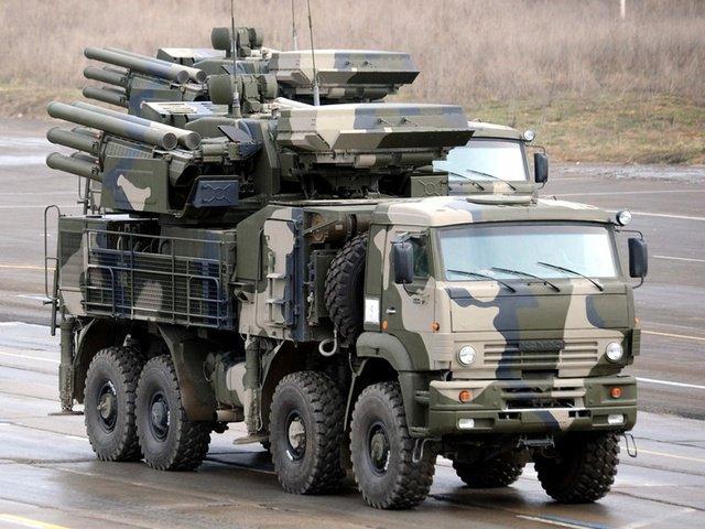 """Самоходный зенитный пушечно-ракетный комплекс """"Панцирь-С1"""""""