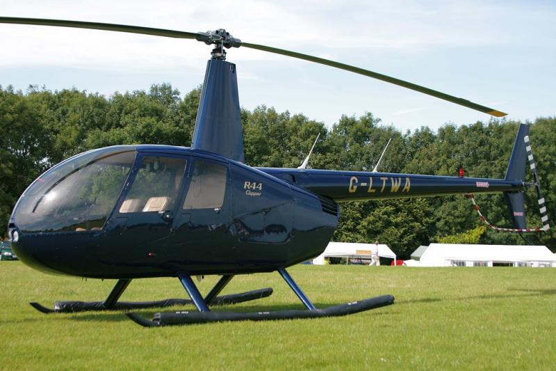 Легкий многоцелевой вертолет Робинсон R-44