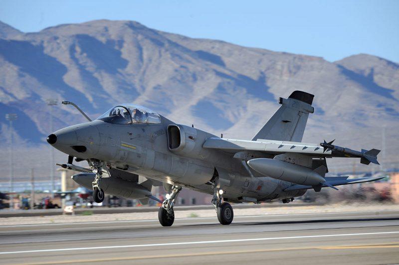 Самолет AMX