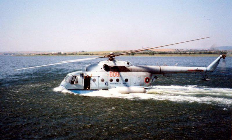 Вертолет-амфибия Ми-14