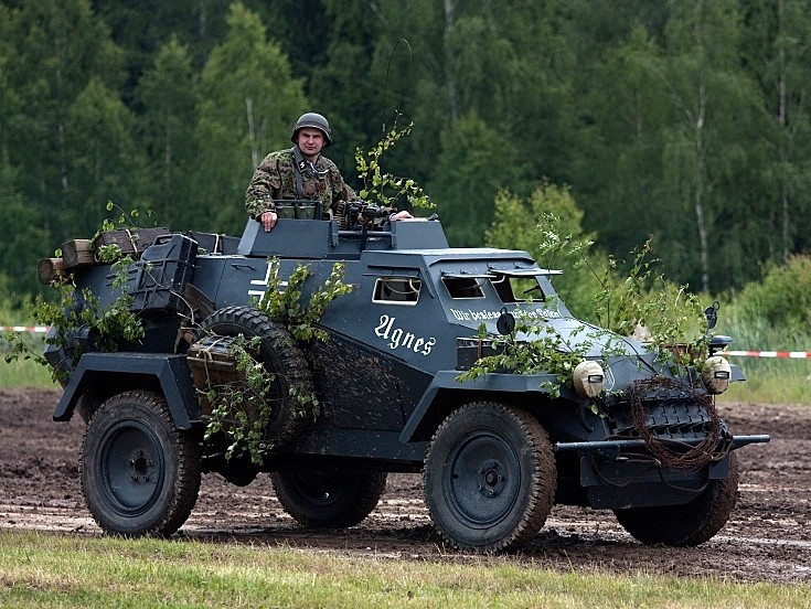 Бронеавтомобиль Sd.Kfz.221