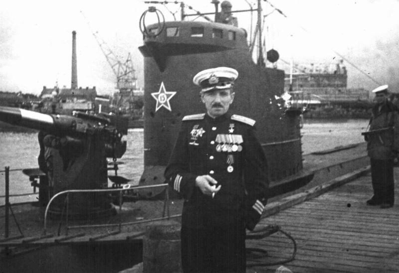 Капитан третьего ранга Владимир Коновалов
