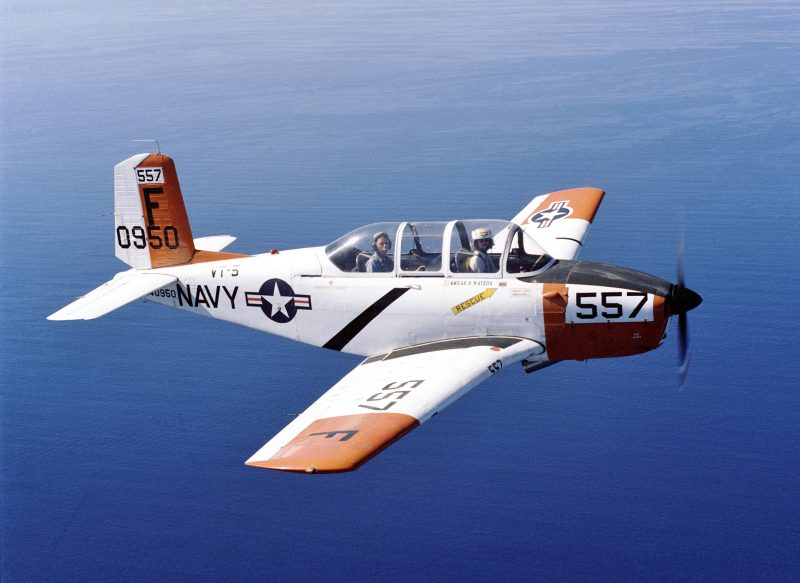 Самолет «Бичкрафт» Т-43 - летающий «Ментор»