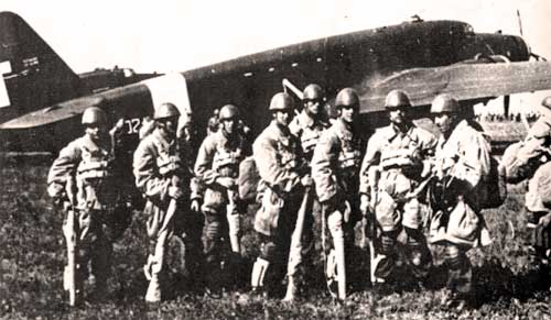 Дивизия «Фольгоре» - парашютисты луче