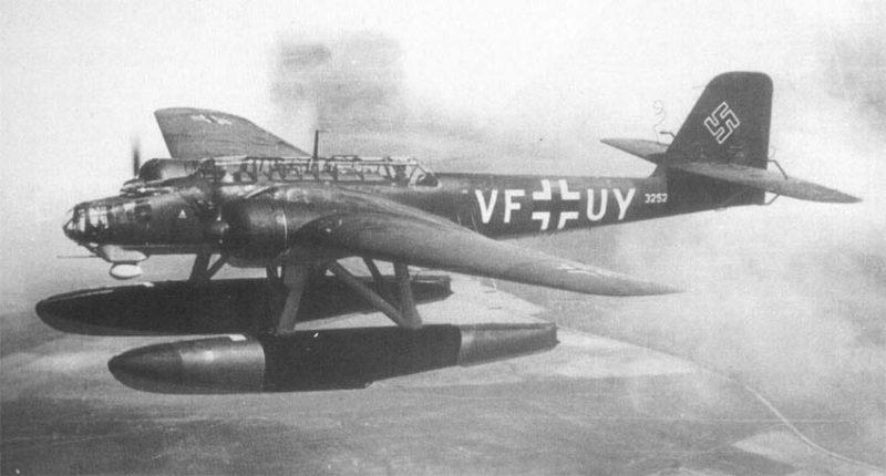 Двухмоторный поплавковый бомбардировщик-торпедоносец Хейнкель Не 115