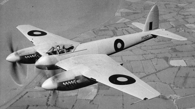 Многоцелевой истребитель DH-103 «Хорнет» - «Шершень» сын «Москита»