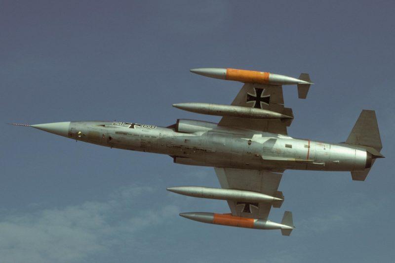 Истребитель-бомбардировщик «Локхид» F-104 «Старфайтер» - «Звездный воин»