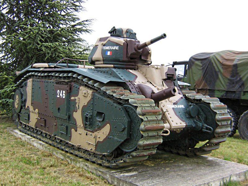 Тяжелый танк B1 - под разными флагами