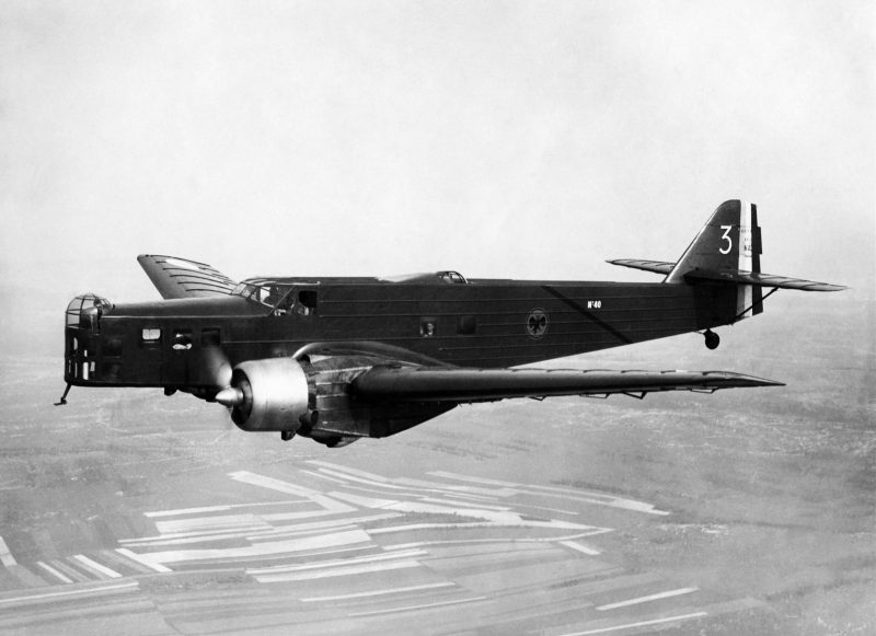 Бомбардировщики MB-200 и MB-210