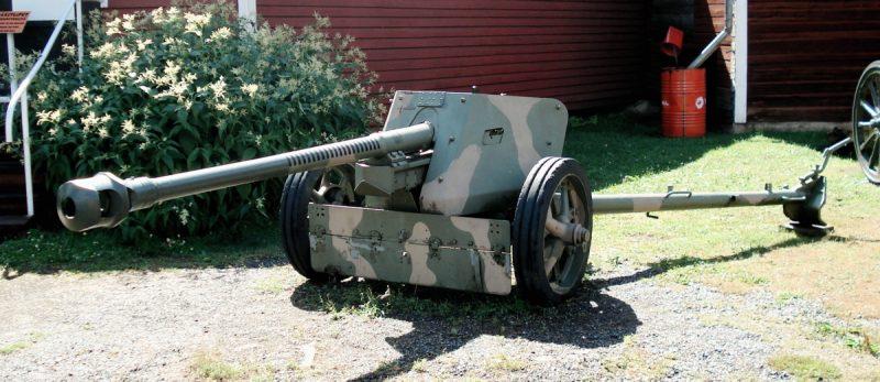 75-мм пушка Pak 40 - массовая «танко-истребительная»