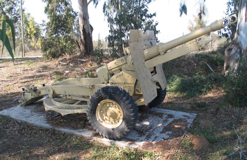 25-фунтовая пушка-гаубица - универсальное орудие