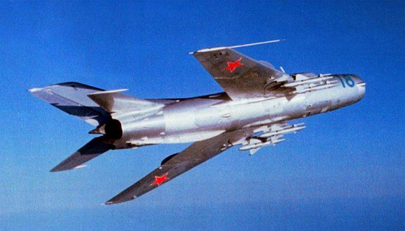 МиГ-19 - первый советский сверхзвуковой истребитель
