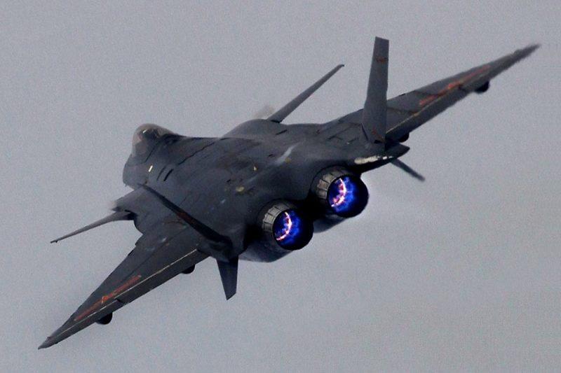 Истребитель «Ченду» J-20 - «китаец» пятого поколения