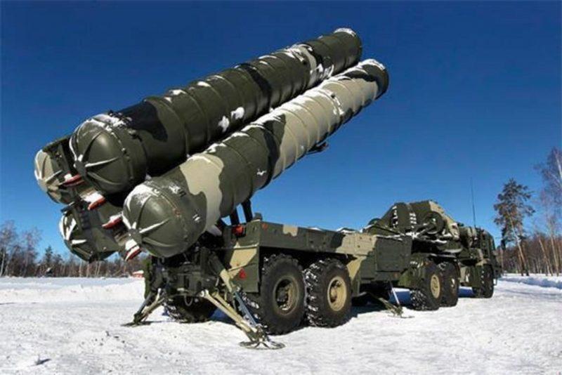ЗРС С-300 и С-400 - зенитно-ракетные системы большой дальности