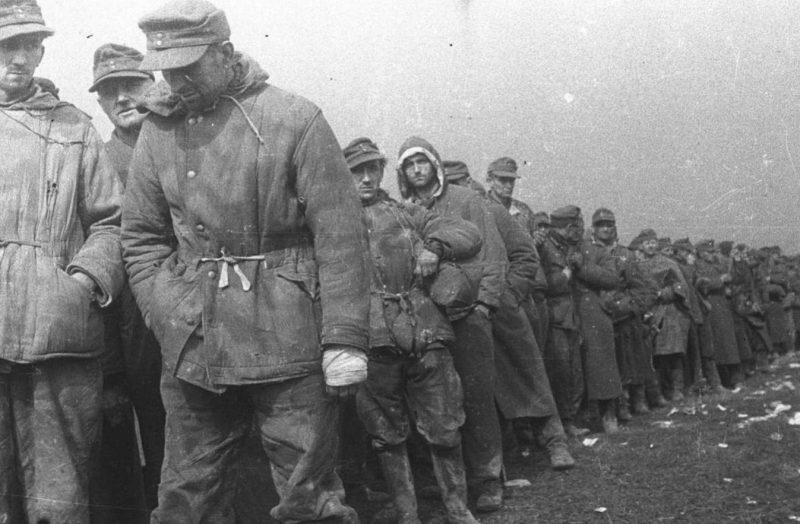 Окруженную армию Паулюса советские пропагандисты разлагали... музыкой