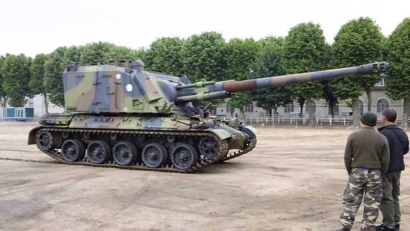 САУ АМХ-30 AUF1 - французская установка