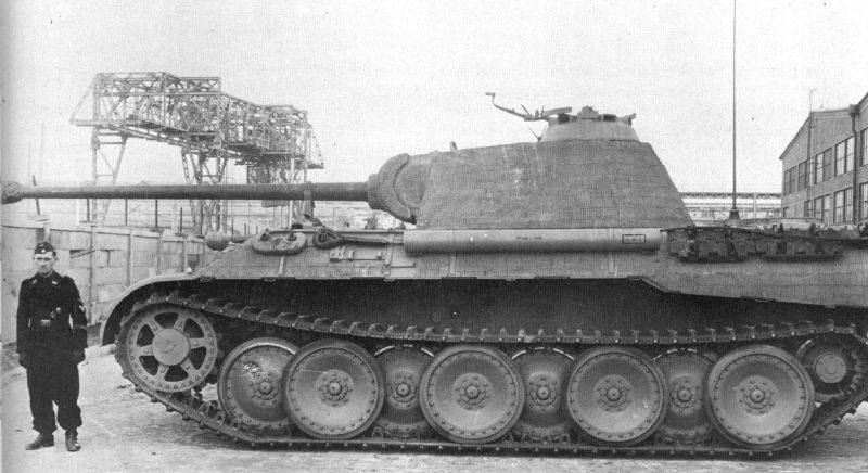 Средний тяжелый танк PzKpfw V Ausf G «Пантера»