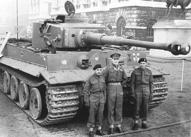 Тяжелый танк PzKpfw VI Ausf Н «Тигр»