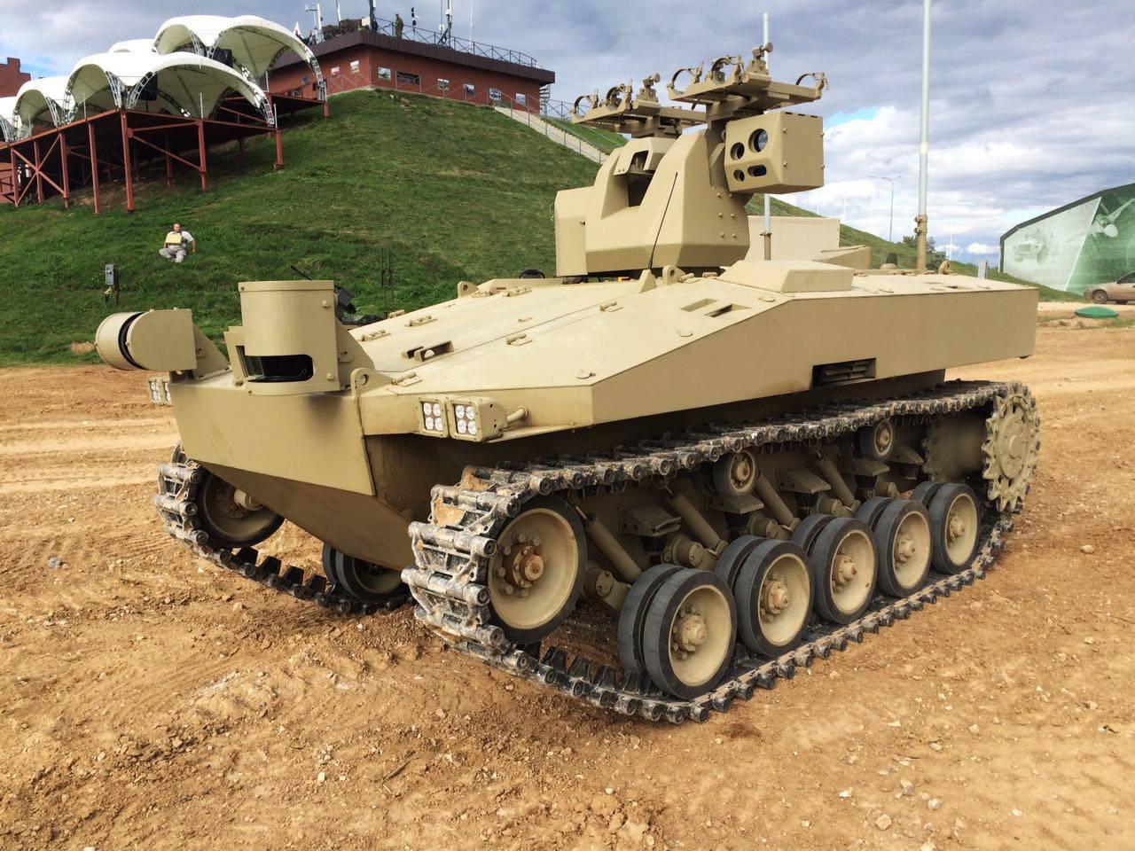 Роботы на поле боя - будущее войны