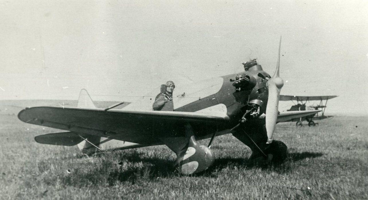 УТ-1 - «аэроклубный истребитель»