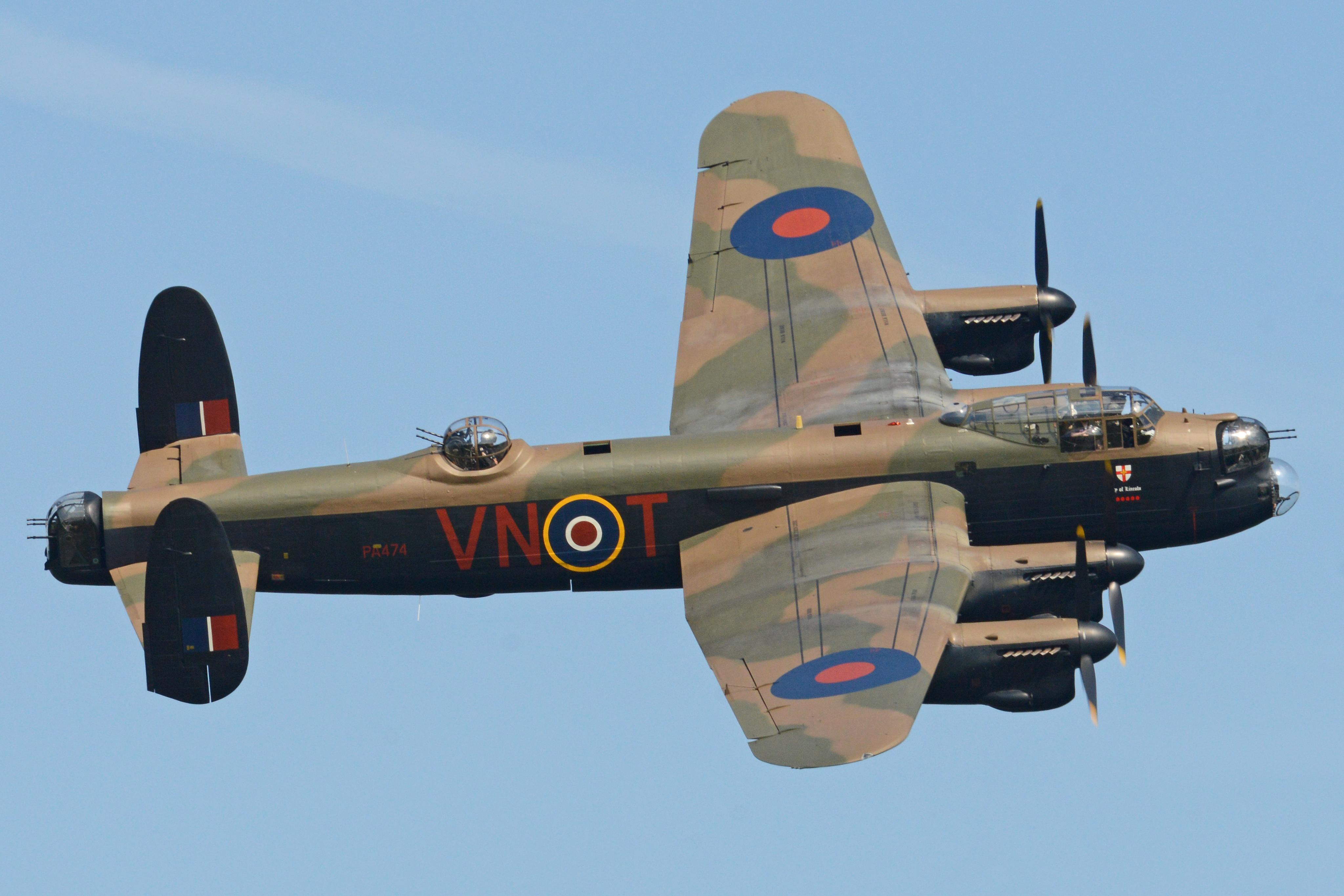 Тяжёлый бомбардировщик Авро «Ланкастер» B.I