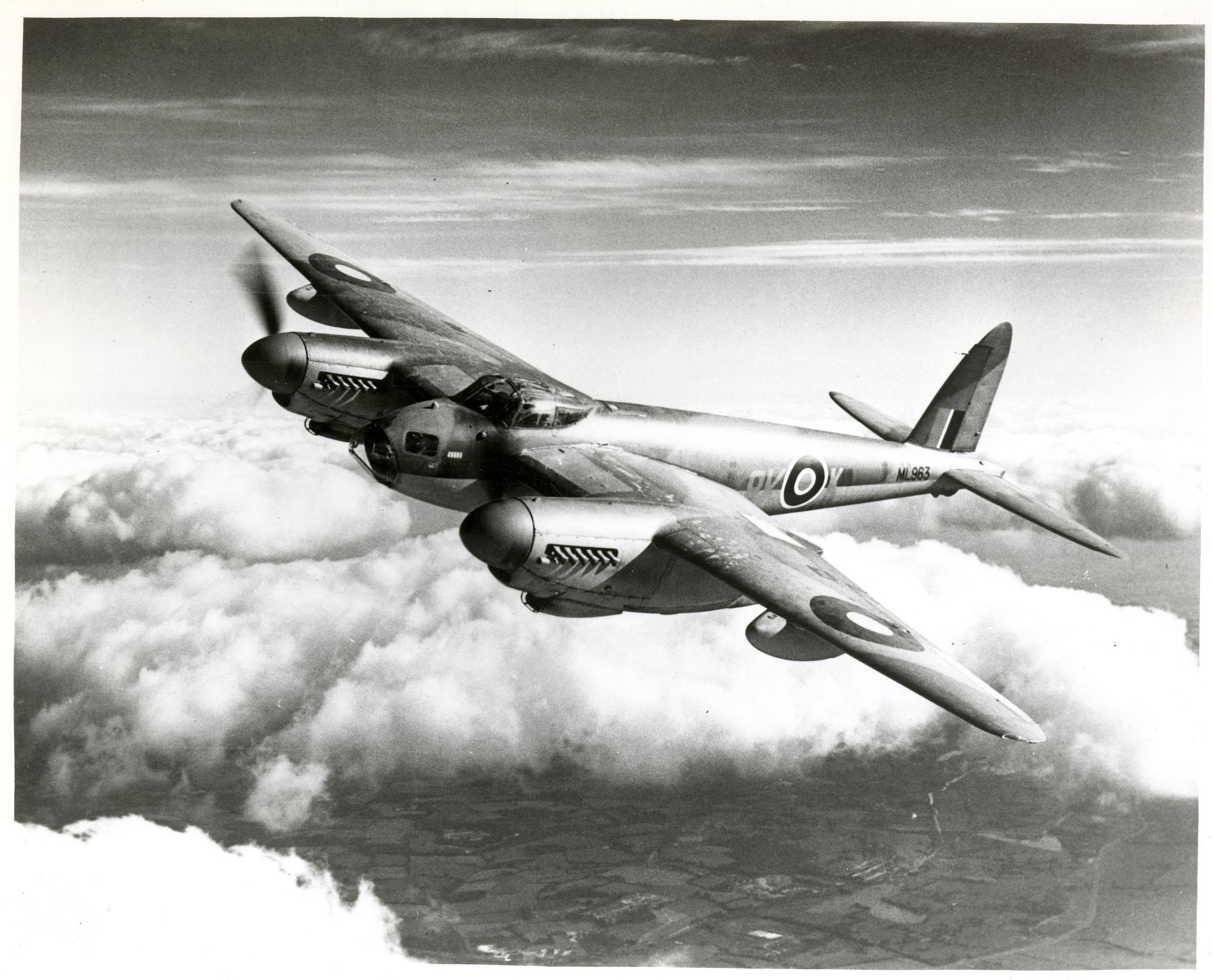 Истребитель-бомбардировщик Де-Хэвилленд DH-98 «Москито»