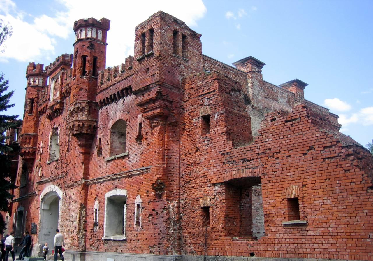 Оборона Брестской крепости (22 июня — август 1941 г.)