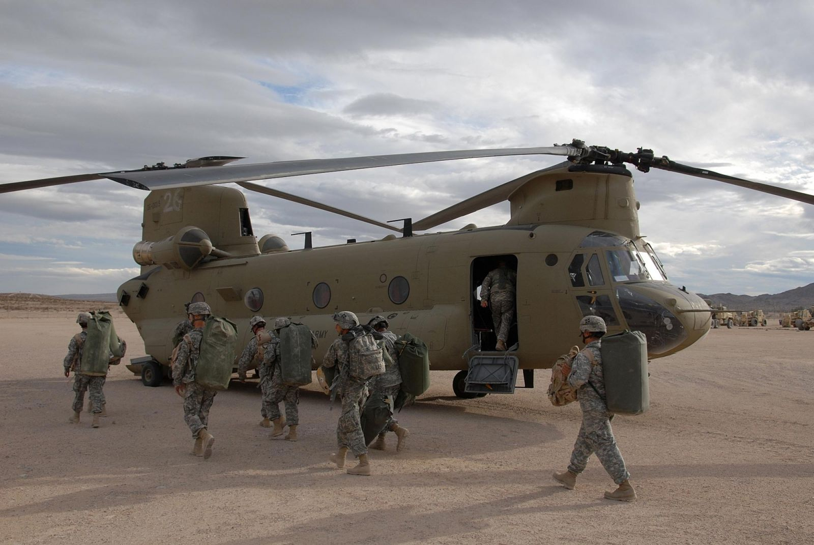 Операция «Красные крылья» - фиаско «морских котиков» в Афганистане