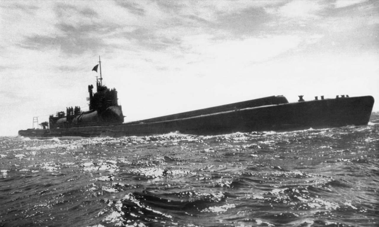 Японская океанская подводная лодка I-400