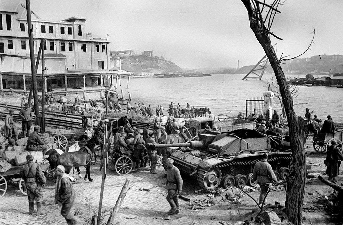 Освобождение Крыма (8 апреля — 12 мая 1944 г.)
