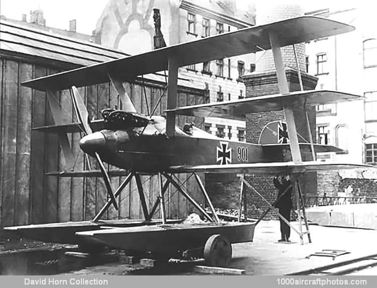 Германский истребитель Sablatnig SF.4