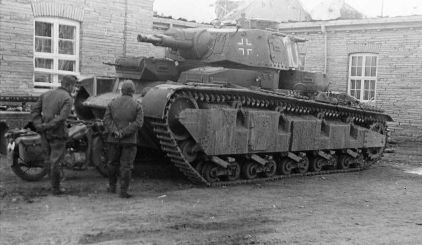 """Немецкий средний танк """"Neubaufahrzeug"""" (Nb.Fz.V/Nb.Fz.VI)"""