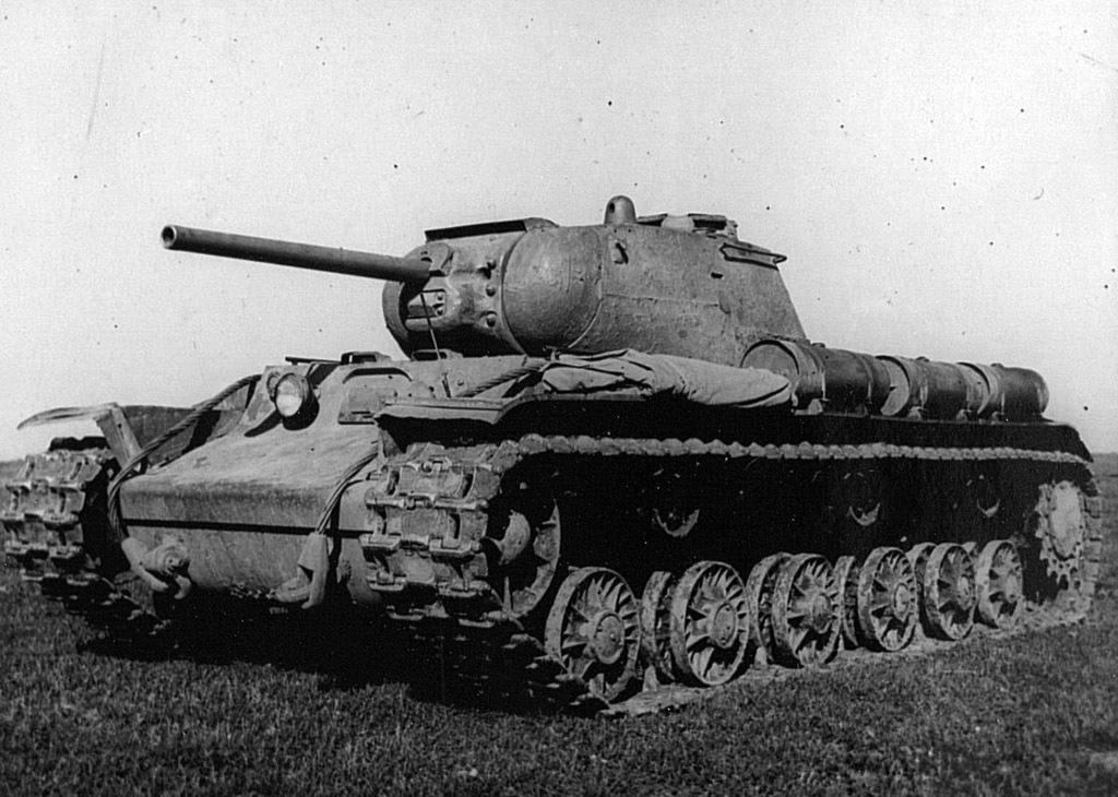 Советский тяжёлый танк КВ-1С