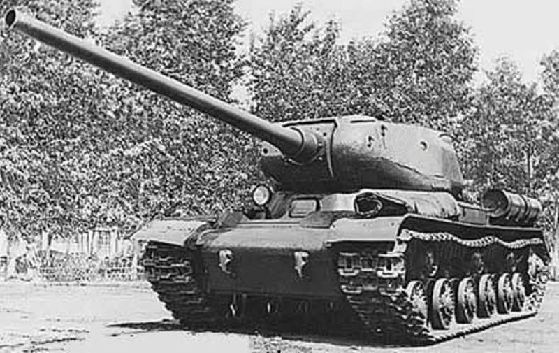 Советский тяжёлый танк ИС-5