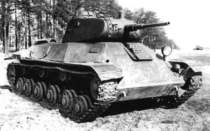 Советский лёгкий танк Т-50 («Объект 135»)