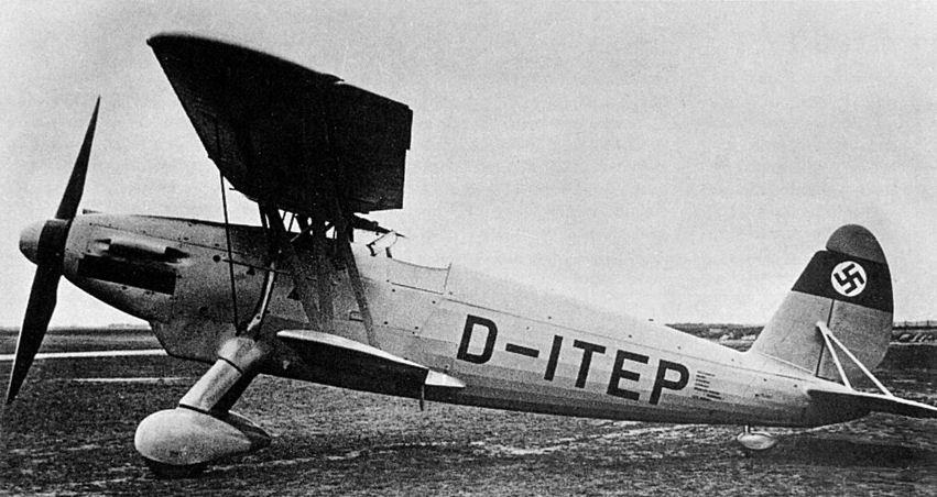 Германский истребитель Arado Ar 68
