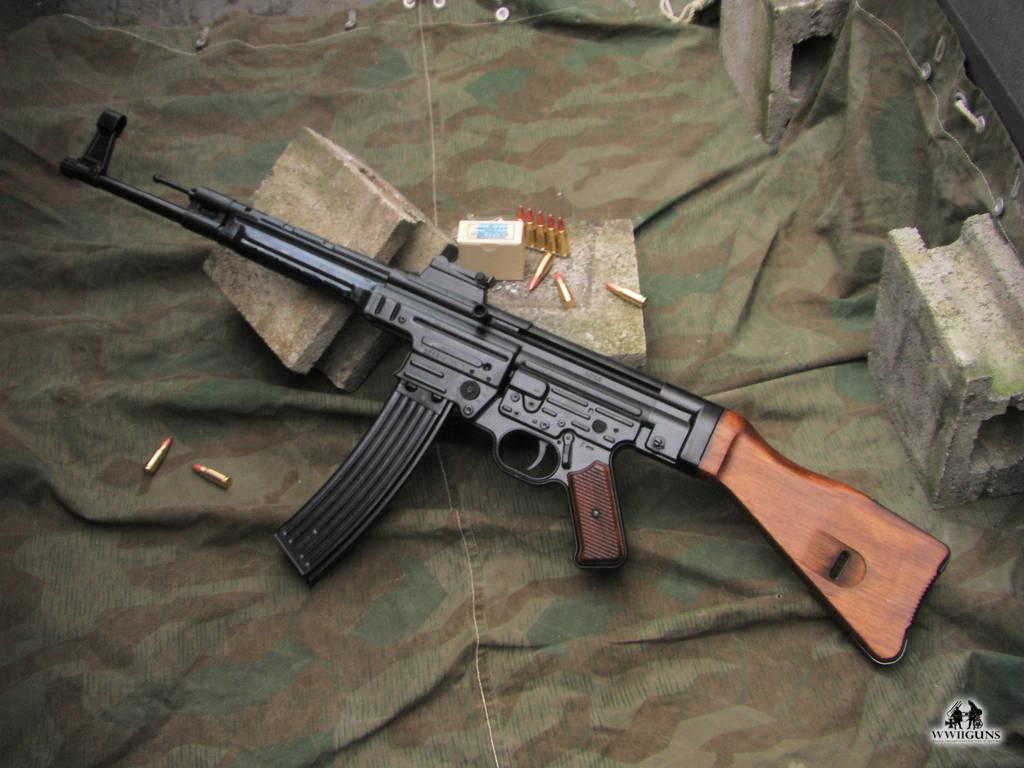 Штурмовая винтовка StG 44 (Германия)