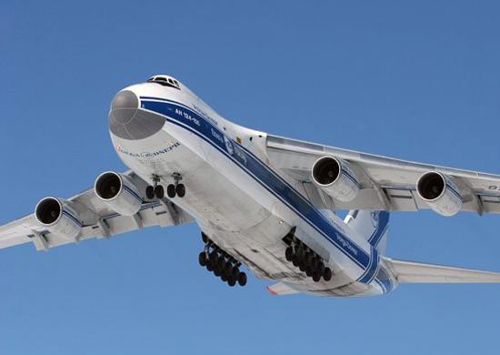 Тяжелый транспортный самолет АН-124 «Руслан»
