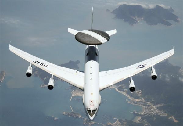 Самолет Боинг Е-3 «Сентри»