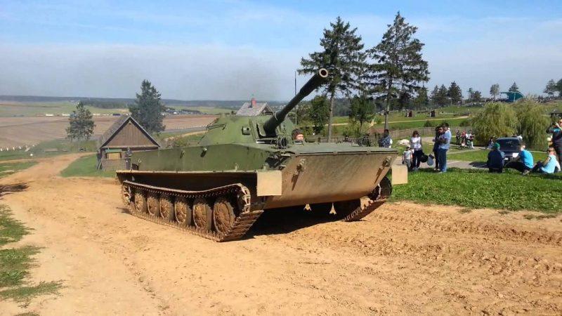 PT-76_4