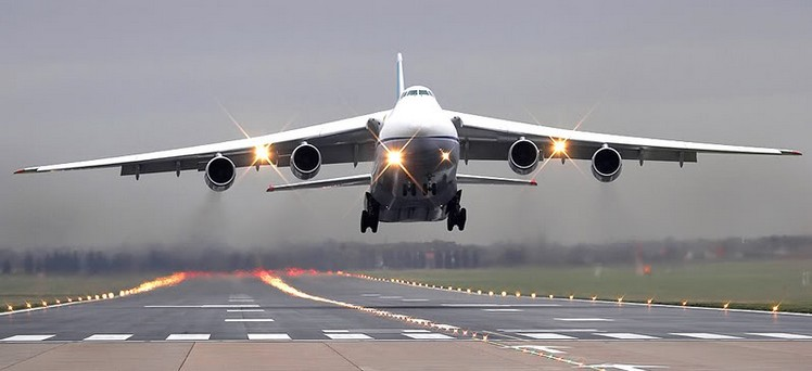 Военно-транспортный самолет Ан-124 «Руслан»