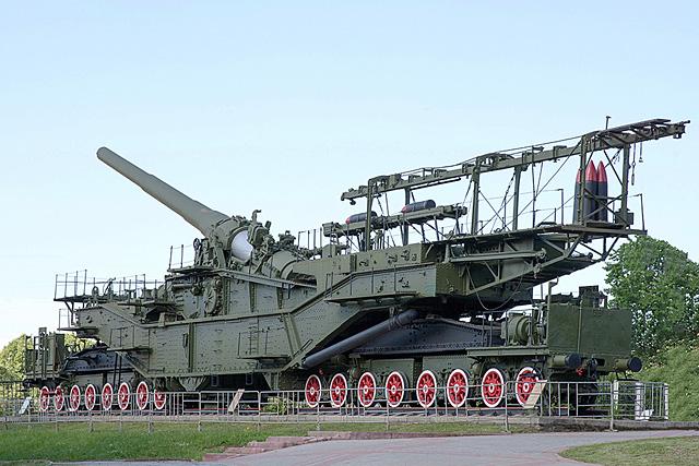 Железнодорожные артиллерийские установки TM-2-12