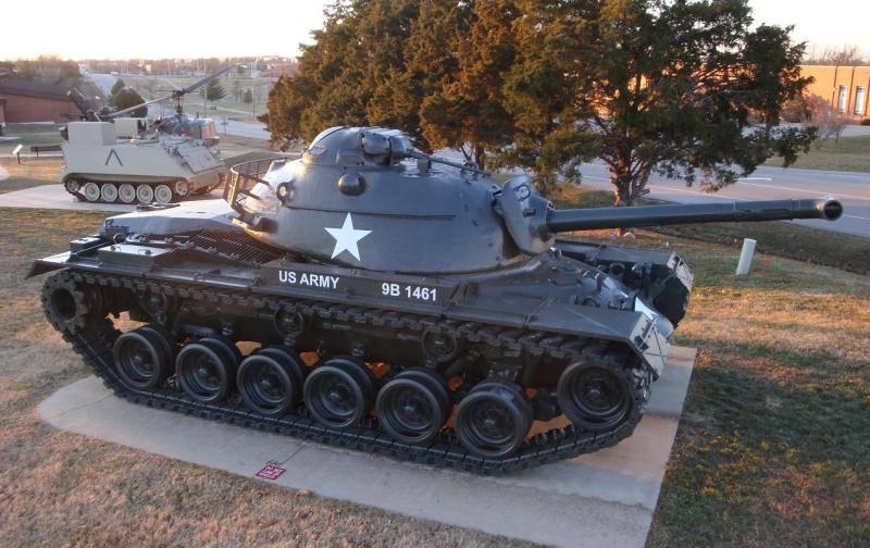Огнеметные танки серии М67