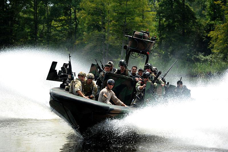 Специальная лодочная служба армии Великобритании (SBS)