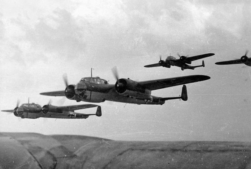Скоростной бомбардировщик: двухмоторный высокоплан - Дорнье Do 17