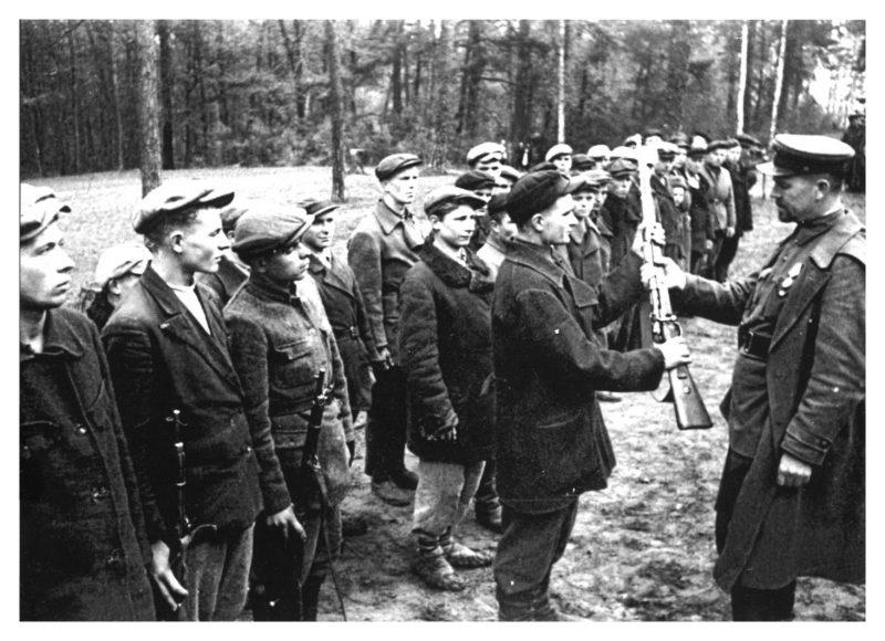 Советские партизаны в годы Великой Отечественной войны